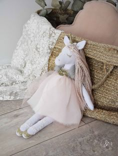 Best 12 Posts you've liked Sewing Toys, Baby Sewing, Baby Girl Gifts, My Baby Girl, Girls Princess Room, Baby Flower Crown, Unicorn Doll, Handmade Stuffed Animals, Mermaid Crafts