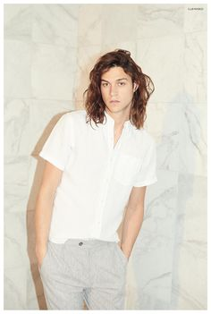 Miles McMillan Poses for Club Monaco Summer 2015 Look Book Club Monaco, Gorgeous Men, Beautiful People, Pretty Men, Miles Mcmillan, Club Outfits, Male Models, Style Guides, Cool Hairstyles