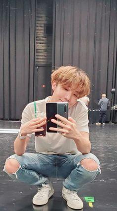 Hoseok/jhope discovered by Zaria Gwangju, Jung Hoseok, Foto Bts, Bts Taehyung, Bts Bangtan Boy, K Pop, J Hope Tumblr, J Hope Smile, Jhope Cute