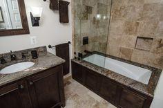 marblebathtub - Yahoo Image Search Results Granite Bathroom, Beige Bathroom, Bathroom Colors, Bathroom Interior, Bathroom Ideas, Kitchen Backsplash, Modern Small Bathrooms, Amazing Bathrooms, Modern Bathroom