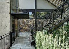 Alma Desnuda House by Hajj Design Less