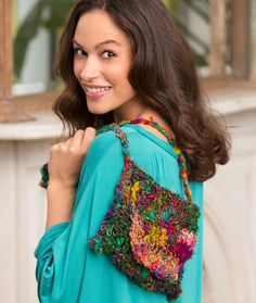 Sophie's Shoulder Bag Free Crochet Pattern from Red Heart Yarns
