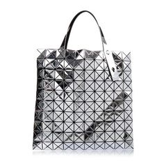 Bao Bao Issey Miyake Prism tote (¥117,240) ❤ liked on Polyvore featuring bags, handbags, tote bags, silver, tote bag purse, mesh handbag, mesh tote bag, tote handbags and handbags totes