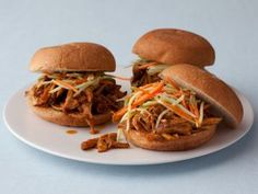 A Better Pulled Pork - Make sure you use egg and milk free hamburger buns