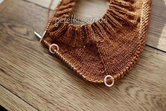 Pro sprout is simple free pattern Snood Knitting Pattern, Knitting Stitches, Knitting Needles, Baby Knitting, Crochet Motif, Easy Crochet, Free Crochet, Knit Crochet, Knit World