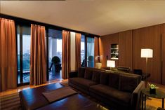 Bulgari Luxury Hotel Milan lounge bulgari suite