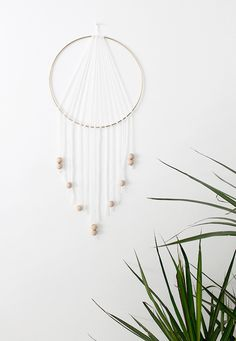 If you love the delicate, boho style of a dreamcatcher, here are 10+ tutorials for you to try to make your own!