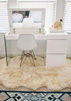 35 Most Popular Makeup Vanity Table Designs Diy Bedroom Decor For Teens, Room Ideas Bedroom, Bedroom Furniture, Ikea Dressing Table, Dressing Room Design, Cute Room Decor, Aesthetic Room Decor, Luxurious Bedrooms, Luxury Bedrooms