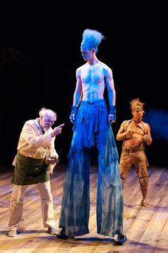 Stephano (Adrian Sparks), Ariel (Ben Diskant) & Caliban (Jonno Roberts) in 'The Tempest' - Dir: Adrian Noble, Costumes: Alan Burrett, Set: Diedre Clancy