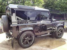 Land Rover Shiny Black.  www.kingsofsports.com