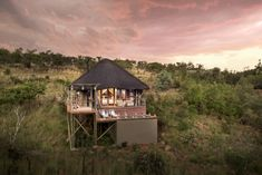 Welgevonden Game Reserve (Waterberg district Limpopo) Mhondoro Safari Lodge & Villa, www.mhondoro.com