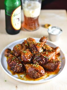 Sweet and Spicy Crock-Pot Chicken Drumsticks Recipe // The ultimate finger food!