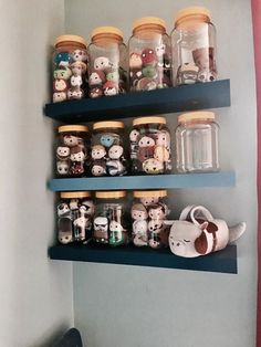 a beautiful tsum tsum display idea disney pinterest id es de rangement rangement et. Black Bedroom Furniture Sets. Home Design Ideas