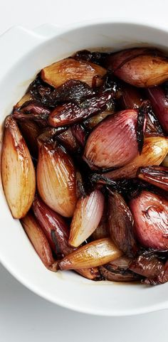 Cider and bourbon glazed shallots recipe: An unexpected Thanksgiving side dish.