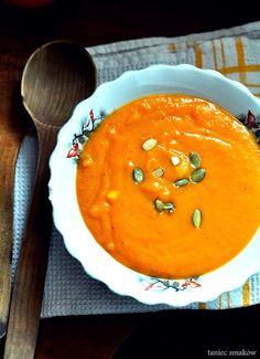 Zupa marchewkowa, prosto i szybko Thai Red Curry, Ethnic Recipes, Desserts, Food, Diet, Tailgate Desserts, Deserts, Essen, Postres