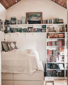 Bookshelves, Bookcase, Cosy Reading Corner, Cute Room Decor, Glam Room, Bedroom Inspo, My Dream Home, Sweet Home, House Design