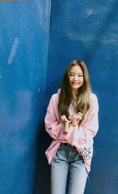 jennie, blackpink, and kpop image South Korean Girls, Korean Girl Groups, South Korea News, Jennie Kim Blackpink, Fandoms, Blackpink Photos, Blackpink Fashion, My Princess, Yg Entertainment