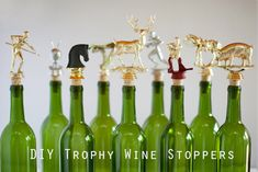 Here's a great gift for the sport-loving wine drinker: DIY Trophy Wine Stoppers, on Inspired by Heather. Trophy Craft, Diy Trophy, Trophy Display, Reuse Wine Bottles, Wine Bottle Crafts, Old Trophies, Winery Tasting Room, Homemade Wine, Secret Santa Gifts
