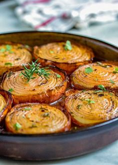 Marinated Slow Roasted Onions are a side dish that are worth you taking a look at. Not your typical side dish like a green bean casserole or a baked potato, these caramelize roasting in a bath of red wine vinegar, brown sugar and spices. Side Dish Recipes, Vegetable Recipes, Vegetarian Recipes, Cooking Recipes, Healthy Recipes, Vegetarian Grilling, Healthy Grilling, Dishes Recipes, Spinach Recipes