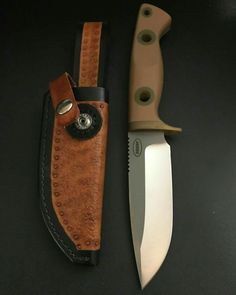 Cool Knives, Knives And Tools, Knives And Swords, Axe Sheath, Knife Sheath, Knife Drawing, Survival Knife, Survival Hacks, Butterfly Knife