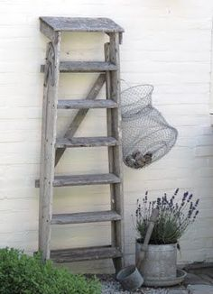 Old wood and wire with lavender pot, great combo