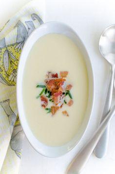 Receta: puerro, patata y sopa de hinojo con tocino - Weeknight Cena recetas de la Kitchn | el Kitchn