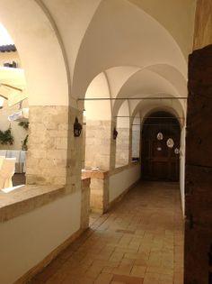 Convento in Valnerina. matrimonio in Umbria. Italy wedding