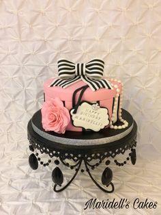 Gift box Birthday Cake