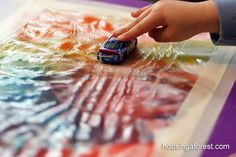 Genius!  Mess free finger painting complete with finger paint recipes. #kids #art #education