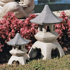 Pagoda Sculptures Asian Style Small Resin Outdoor Lawn Decor
