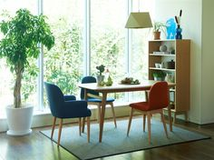 IKI DINING TABLE 1400 Natural: テーブル・デスク デザイン家具 インテリア雑貨 - IDEE SHOP Online