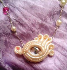 Guarda questo articolo nel mio negozio Etsy https://www.etsy.com/it/listing/286960409/collana-occhio-di-drago-bianco-perla