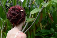 Is today the day you want to learn a new dreadlock updo? This updo and many many more can be found at http://dreadstuff.com so take the step today and learn a new way to style your dreads today!