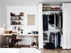Creating an open closet does not require a lot of space, even you can store all your clothes in one room. See if you are able to create an open closet design Closets Pequenos, My Ideal Home, Scandinavian Home, Minimalist Home, Minimalist Bedroom, New Room, Interior Inspiration, Workspace Inspiration, Decorating Rooms