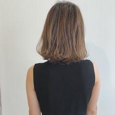 ラフ感が可愛い!『ミディアム×外ハネ』作り方 | ヘアアレンジ&セルフアレンジを楽しもう♪『mizunotoshirou』 Long Hair Styles, Image, Beauty, Haircuts, Short Hair, Long Hairstyle, Long Haircuts, Long Hair Cuts, Beauty Illustration
