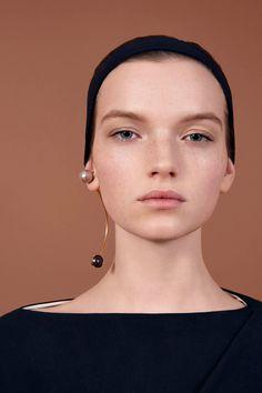Vionnet Pre-Fall 2016 Collection Photos - Vogue