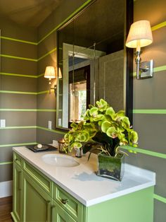 There are many ways to light up a bathroom. Take a look at these illuminating…