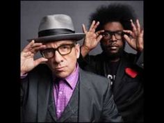 holy shit- the roots cut a record with elvis costello & noone tells me? Cinco Minutos Con Vos - YouTube