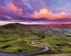 Edale Road in The Peak District, UK it covers Derbyshire, Cheshire, Greater Manchester, Staffordshire and South and West Yorkshire