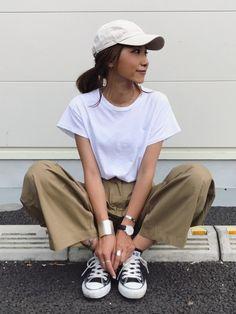 via jのTシャツ・カットソー「via j(ヴィアジェイ) シンプル半袖Tシャツ」を使ったkayoのコーディネートです。WEARはモデル・俳優・ショップスタッフなどの着こなしをチェックできるファッションコーディネートサイトです。