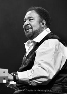 keyboardist, composer, vocalist and producer George Duke Jazz Artists, Jazz Musicians, Music Artists, 70s Funk, George Duke, Music Keyboard, True Roots, Cool Jazz, Miles Davis