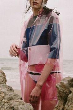 Womensyellow Raincoat Next Vinyl Raincoat, Pvc Raincoat, Fashion Story, Fashion Outfits, Fashion Art, High Fashion, Happy Guy, Raincoats For Women, Basic Outfits