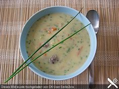 Kohlrabicremesuppe mit Fleischklößchen, ein tolles Rezept aus der Kategorie Rind. Bewertungen: 187. Durchschnitt: Ø 4,4.