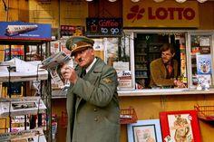 """Em """"Ele Está de Volta"""" o século XXI recebe Hitler de braços abertos http://controversia.com.br/5504"""