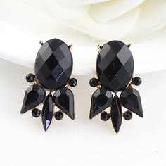 Black Gemstone Retro Silver Hollow Dangle Earrings