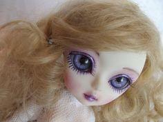 Hujoo Berry Alice ~ New Faceup