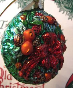Merck Family Old World Christmas 'Williamsburg Wreath' retired blown glass ornament ... in my shop now!