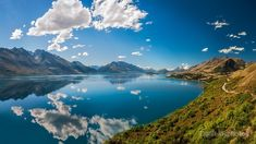 25% Wall Art: Use code DREAM25 Expires June 21, 2018, at 11:59 pm Breathtaking View from the famous scenic Lookout at Lake Wakatipu