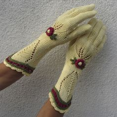 Knitting Patterns Gloves Ravelry: dom-klary& Yellow Floral Lace Knitted Gloves - Rustic Vintage Accessory with embroider. Vintage Knitting, Lace Knitting, Knitting Patterns Free, Crochet Patterns, Mittens Pattern, Knit Mittens, Knitted Hats, Crochet Gloves, Knit Crochet