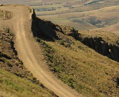 Naude's Neck Pass, a challenging road in South Africa Mountain Pass, Sea Level, South Africa, Country Roads, Live, Travel, Viajes, Destinations, Traveling